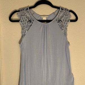 H&M- LIGHT BLUE TANK- CROCKET SLEEVES